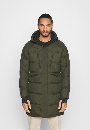 JCOQUARRY LONG PUFFER - Winter coat - forest night