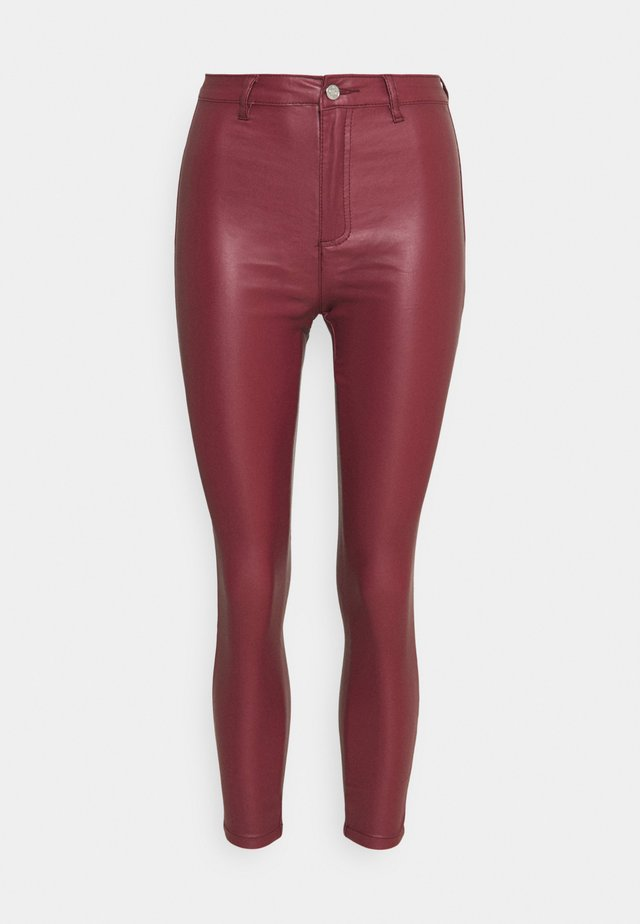 VICE HIGH WAISTED COATED SKINNY - Pantalones - burgundy