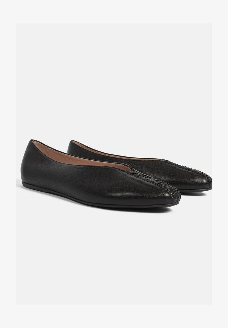 L37 - Ballet pumps - black