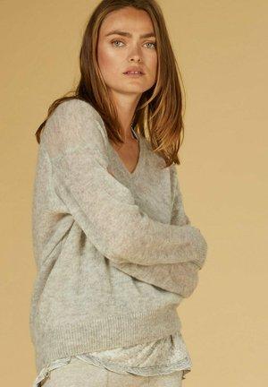 Sweter - light grey melee