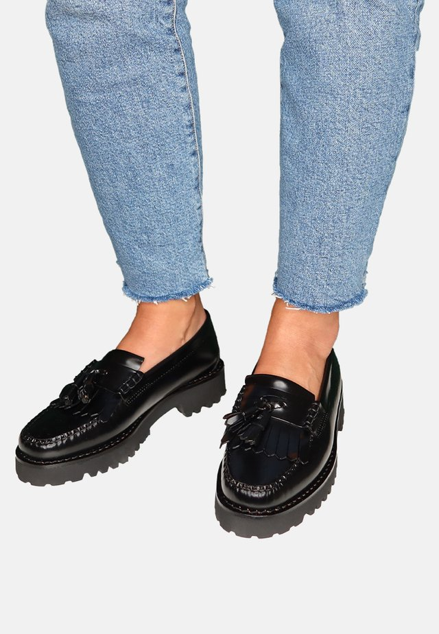 ESTHER KILTIE - Slip-ons - black leather