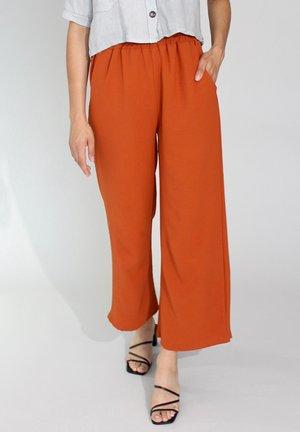 Trousers - aranci
