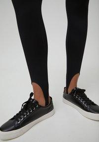 PULL&BEAR - Leggings - Trousers - black - 5