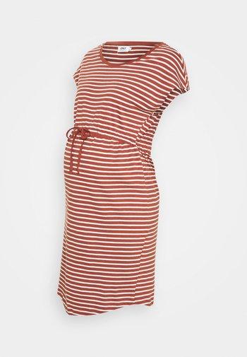 OLMMAY LIFE DRESS - Sukienka z dżerseju - apple butter