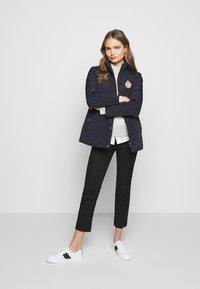 Lauren Ralph Lauren - Krátký kabát - dark navy - 1