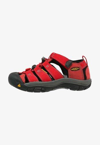 NEWPORT H2 - Walking sandals - ribbon red/gargoyle