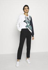 MAX&Co. - DANA - Sweatshirt - white - 1