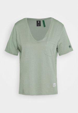 CORE OVVELA - Print T-shirt - light green