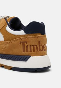 Timberland - FIELD TREKKER  - Sneakers basse - wheat/navy - 4