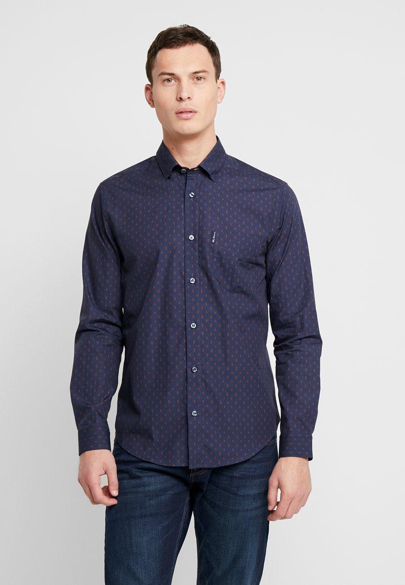Ben Sherman - GEO PRINT SHIRT - Overhemd - navy