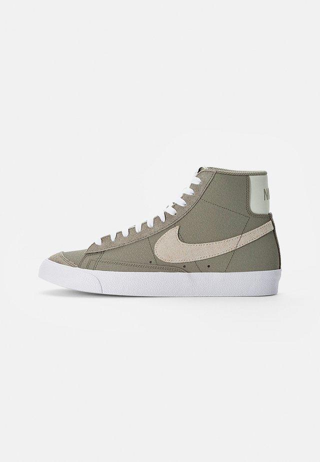 BLAZER MID - Sneakersy wysokie - olive