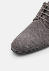 Bugatti - MORINO - Derbies - light grey - 5