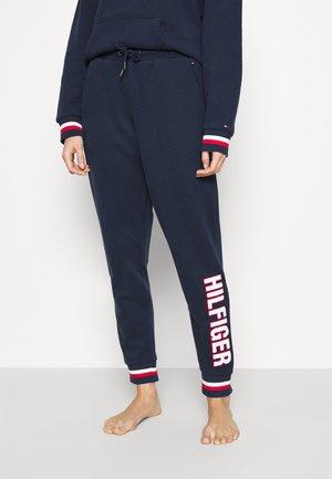 MODERN STRIPE TRACK PANT - Pyjama bottoms - desert sky