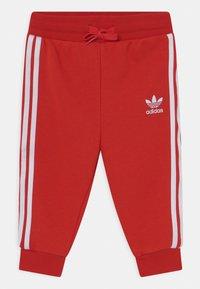 adidas Originals - HOODIE SET UNISEX - Trainingspak - red/white - 2