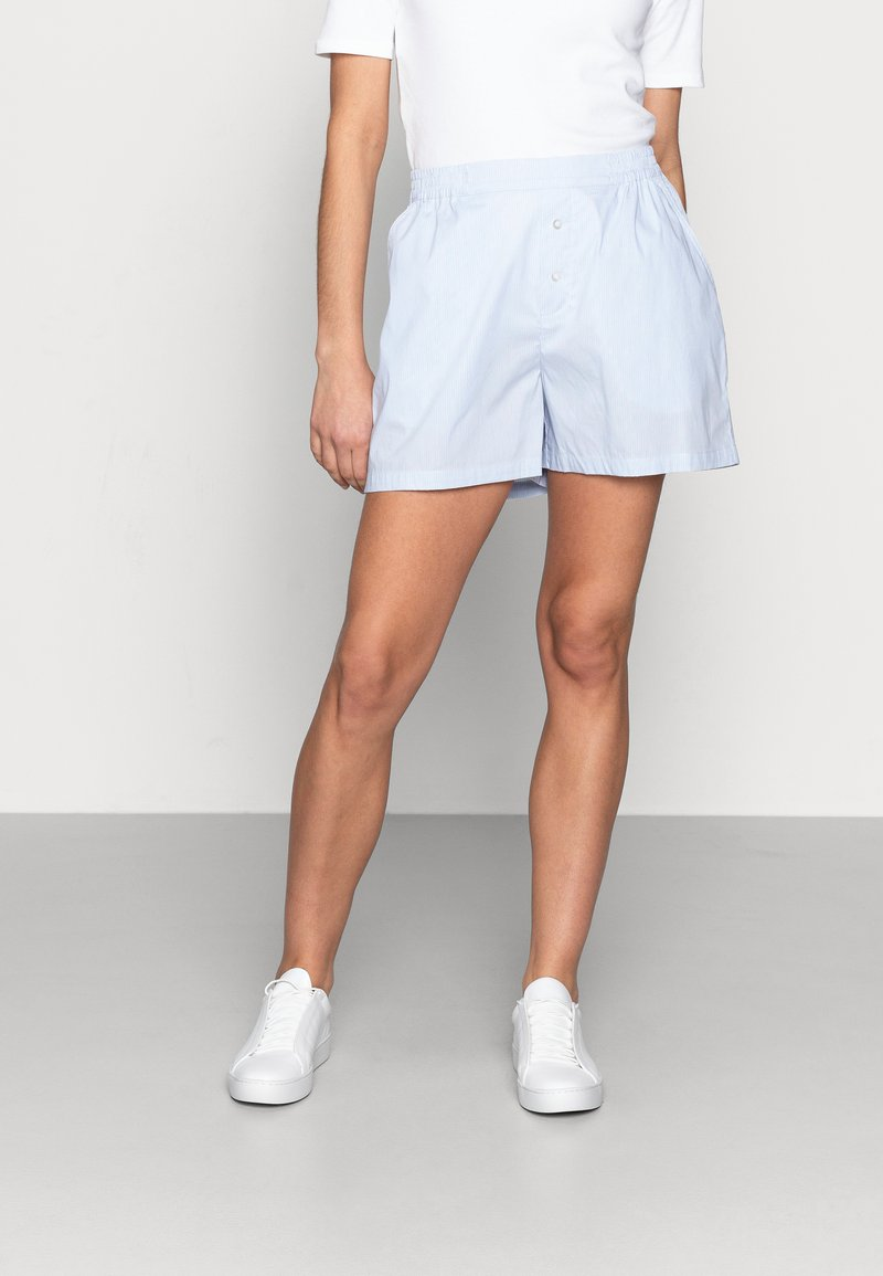 Mads Nørgaard - ORGANIC POPLIN SLOAN - Shorts - light blue stripe