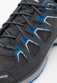 Lowa - INNOX EVO GTX - Hiking shoes - asphalt/blau - 5