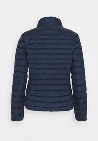 GANT - LIGHT JACKET - Down jacket - evening blue - 1