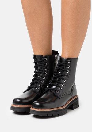 ORIANNA HI - Šněrovací kotníkové boty - black