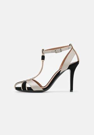 JADE HEEL - Classic heels - black/gold/silver