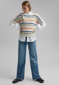 Esprit - Print T-shirt - off white - 0