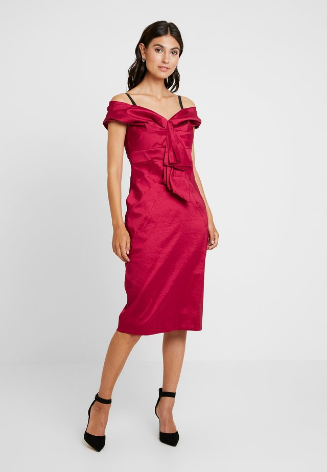 Cocktail dress / Party dress - lipstick red