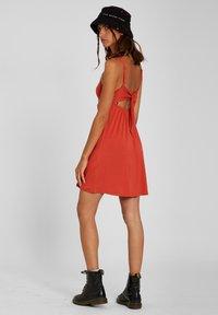 Volcom - EASY BABE DRESS - Day dress - rosewood - 1
