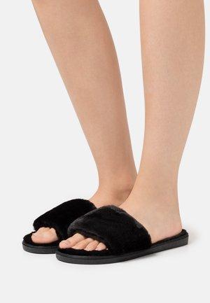 ISLA - Pantofole - black