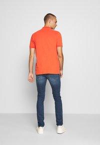 Diesel - SLEENKER-X - Slim fit jeans - blue denim - 2