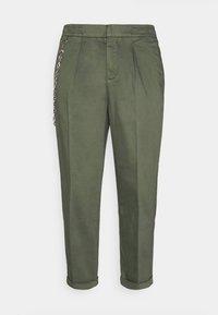 LEE CROPPED PANTS - Bukser - thyme
