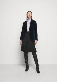 Victoria Beckham - RUFFLE  - Button-down blouse - ecru/purple - 1