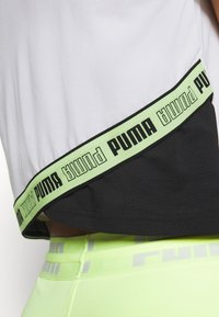 Puma - TRAIN LOGO TEE - Printtipaita - white - 5