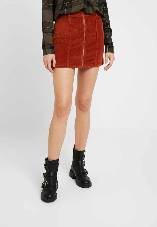 ONYNYLA MINI SKIRT - Minifalda - ginger bread