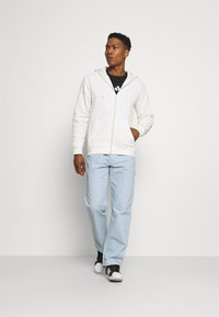 adidas Originals - ADICOLOR 3-STRIPES FULL-ZIP NO-DYE HOODED TRACK TOP - Mikina na zip - non-dyed - 1
