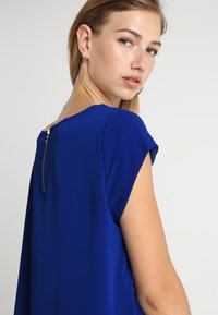ONLY - ONLVIC SOLID  TOP - Blouse - surf the web - 4