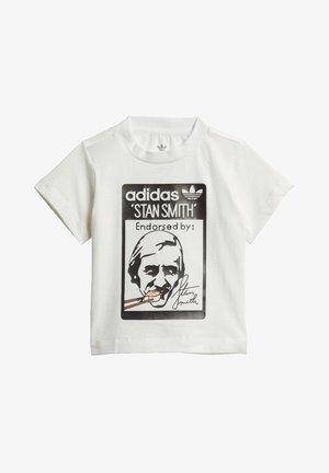 STAN SMITH SUSHI T-SHIRT - Camiseta estampada - white