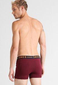 Jack & Jones - JACLICHFIELD 3 PACK  - Pants - burgundy - 1