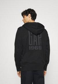 GAP - Zip-up hoodie - moonless night - 2
