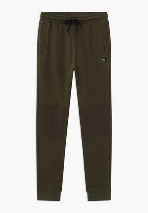 TEENS BASIC - Pantaloni sportivi - khaki green