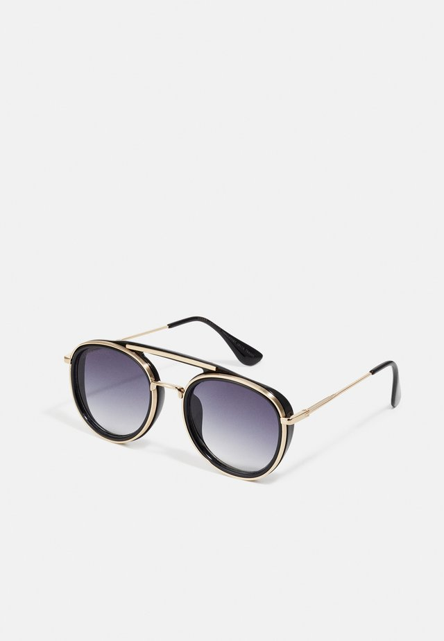 SUNGLASSES IBIZA WITH CHAIN UNISEX - Occhiali da sole - black/gold-coloured
