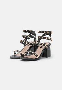 Miss Selfridge - SHANNON STUD BLOCK HEEL - Sandals - black - 2