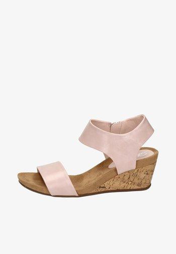 Wedge sandals - roze