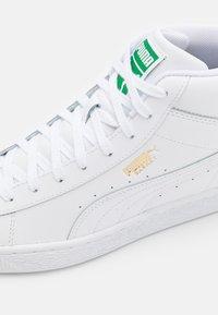 Puma - BASKET MID UNISEX - Sneakers alte - white - 5