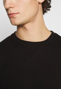 Burton Menswear London - 2 PACK CREW  - Sweater - black - 5