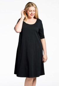 Yoek - Day dress - black - 0