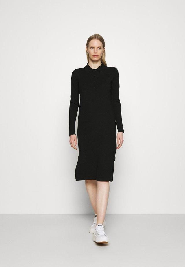 DRESS LONGSLEEVE COLLAR WITH - Vestido de punto - black