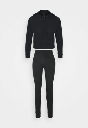 SOFT JOGGER SET - Long sleeved top - black