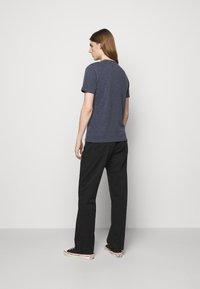YMC You Must Create - WILD ONES POCKET - T-shirt basique - navy - 2
