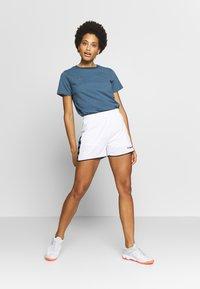 Hummel - HMLAUTHENTIC  - Sports shorts - white - 1