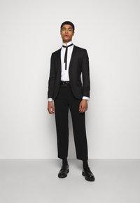 KARL LAGERFELD - MODERN FIT - Shirt - white - 1