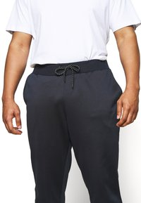 Pier One - Tracksuit bottoms - dark blue - 5